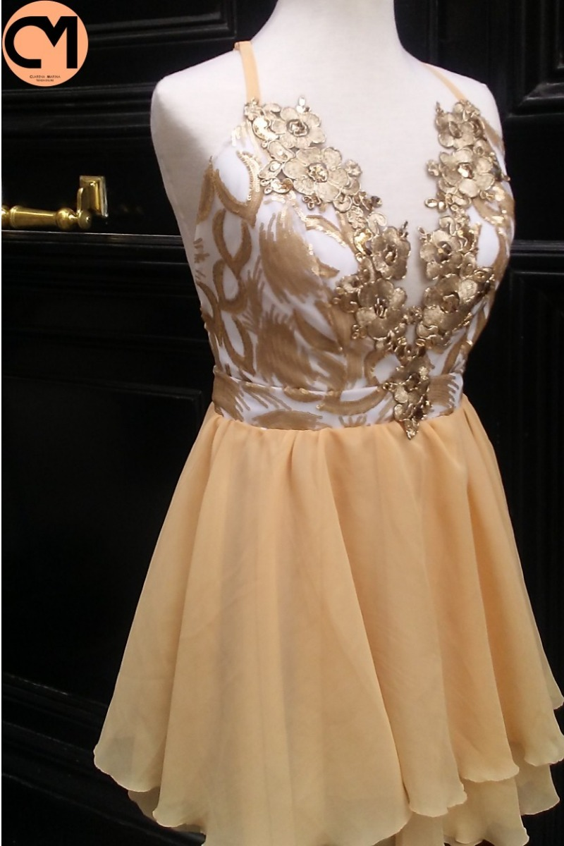 vestido fiesta corto escote dorado brillo elegante moda 2019. Cargando zoom...  vestido fiesta corto. Cargando zoom. a1f8f76ffada