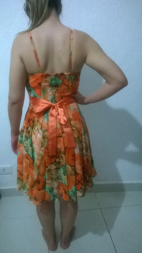 vestido floral para festa