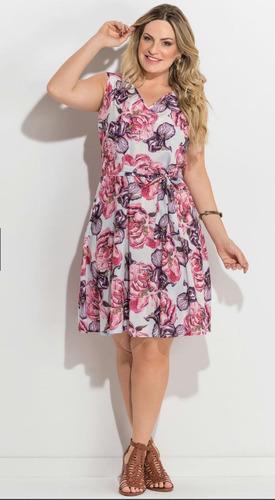 471db2f82 Vestido Floral Sem Mangas Plus Size Quintess - R$ 198,33 em Mercado ...