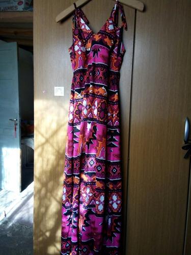 vestido floreado largo