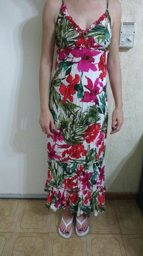 vestido floreado volados
