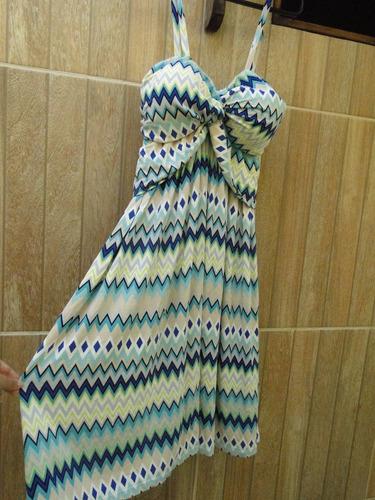 vestido geometrico em malha