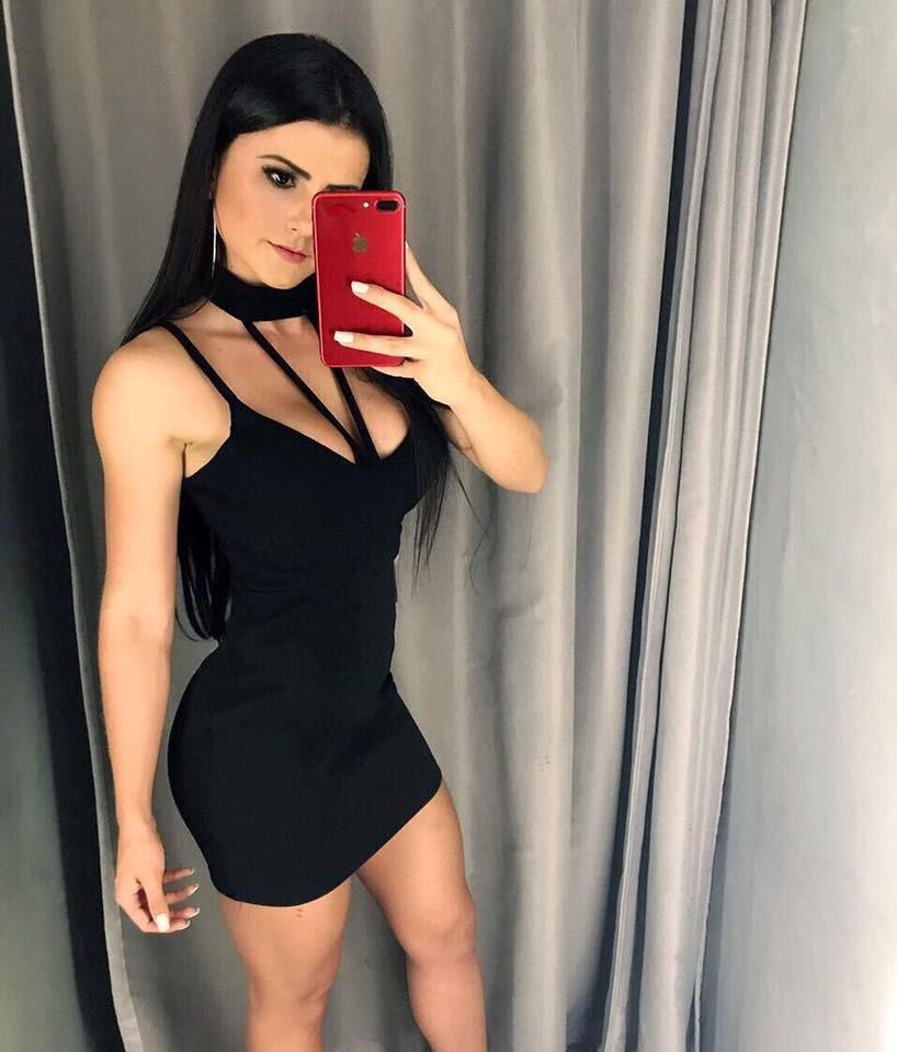 Vestido Gola Choker Detalhe No Busto Lançamento Tendencia