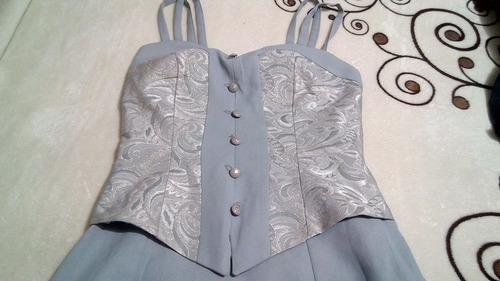 vestido gris con bordados talla 30 via venetto