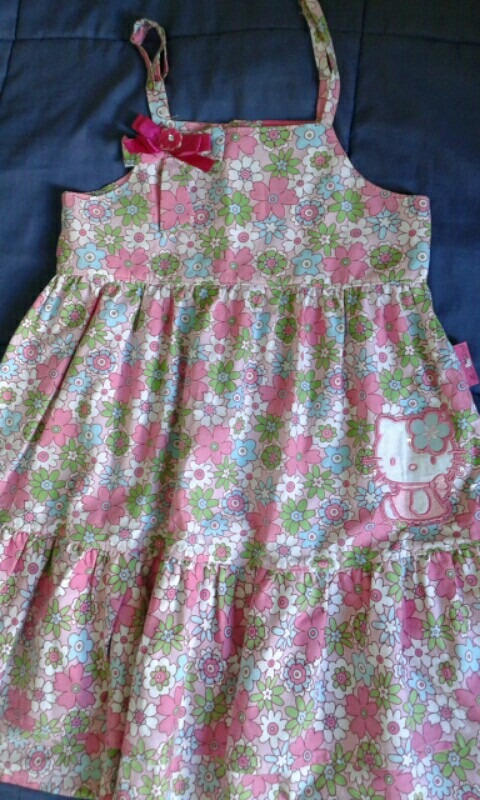 0fd298750ed2 vestido infantil sanrio tamanho 10 tecido maravilhoso. Carregando zoom.