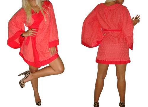 vestido kimono em lesie lesi - saída de praia - coral branco