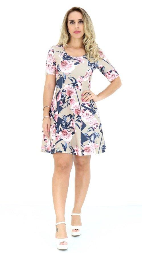 9cf79365cf vestido lança perfume curto estampado floral oi18. Carregando zoom.