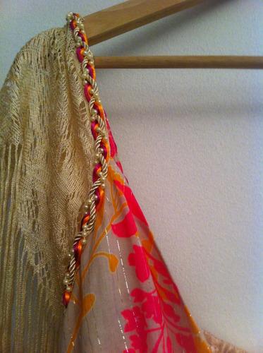 vestido largo con flecos de seda de diseñador
