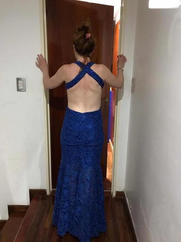 vestido largo de encaje sin espalda