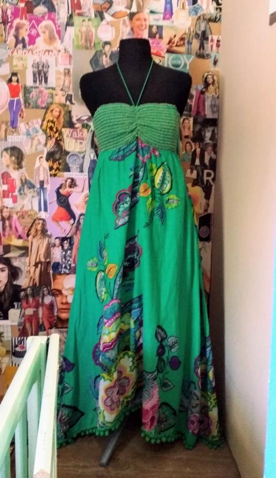 b78d72556 vestido largo estampado floral importado. Cargando zoom.
