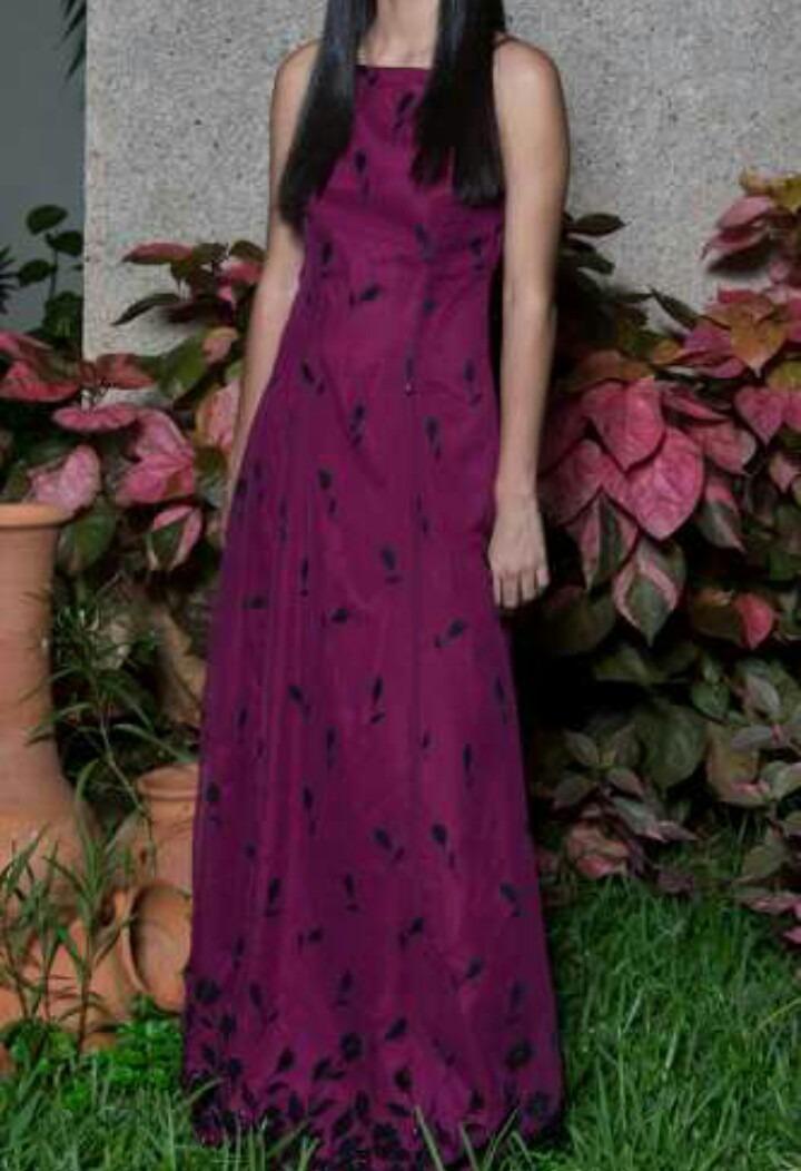 Vestido Largo Para Dama Talla S Color Vino - Bs. 95.000,00 en ...