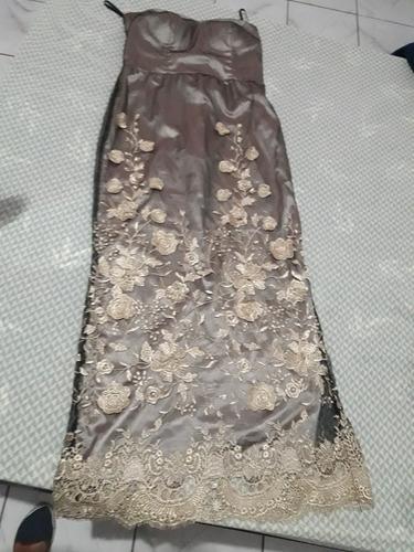 vestido longo cinza chumbo