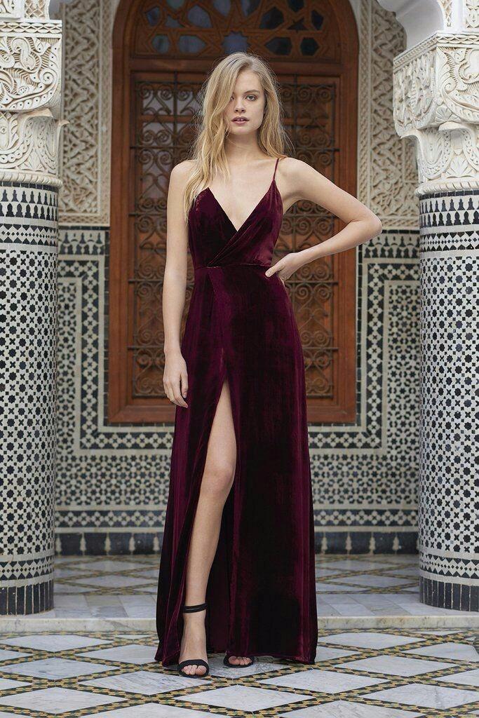 71380eb00 Vestido Longo Com Fenda Decotado De Alcinha Festa - R$ 179,90 em ...