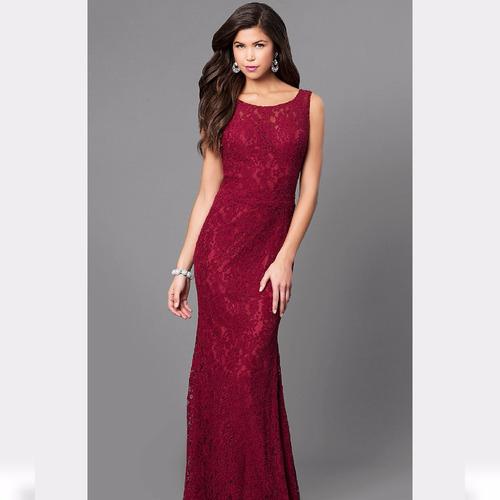 vestido longo em renda (festa, madrinha, casamento)
