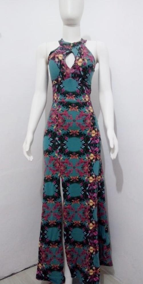 e738654e76 vestido longo feminino estampado com decote vazado e bojo. Carregando zoom.