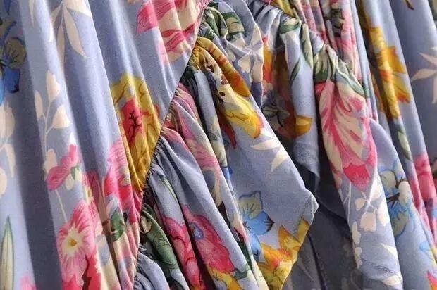 29f8dd2fe Vestido Longo Floral Babado Mullet Decote Festa Formatura - R  199 ...