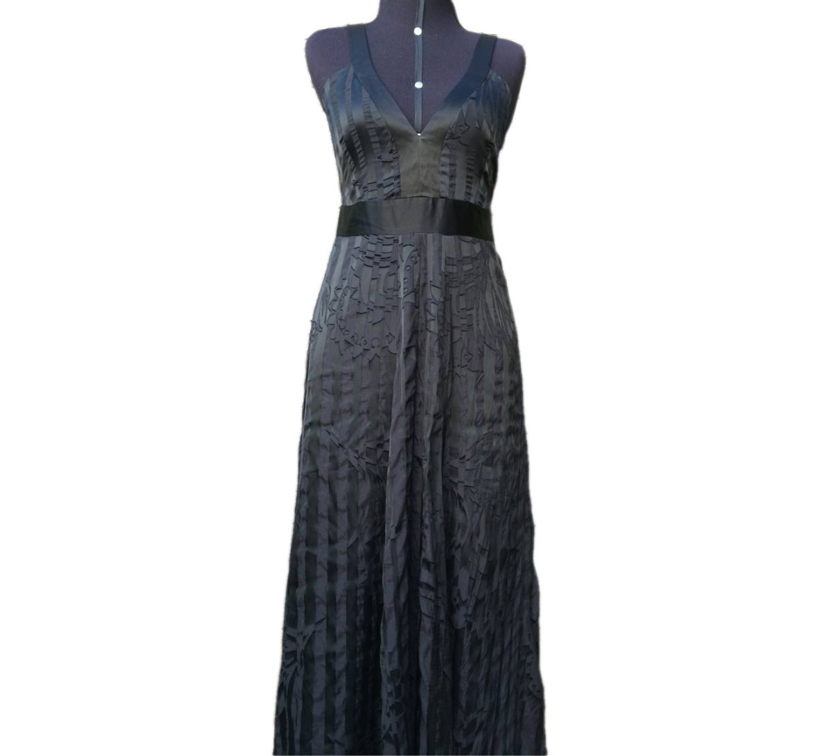 05524dcc0 vestido longo sem mangas alça decote v preto bebesh tam 38. Carregando zoom.