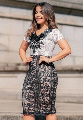 vestido longuete em renda preto e branco moda evangélica