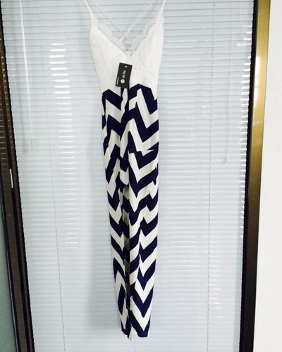 vestido luxo renda costa nua sexy lindo importado
