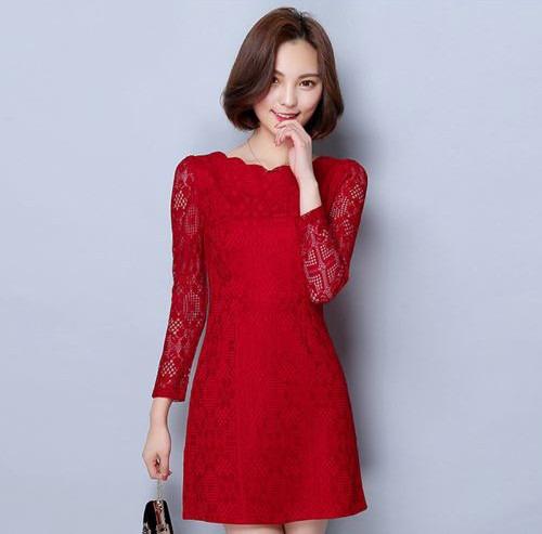 Vestido de formatura curto vermelho de renda