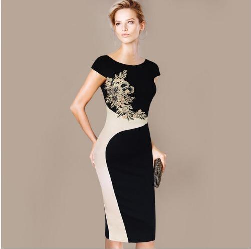 8138b96cb Vestido Médio Tubinho Com Bordado Moda Evangelica - R$ 189,99 em ...