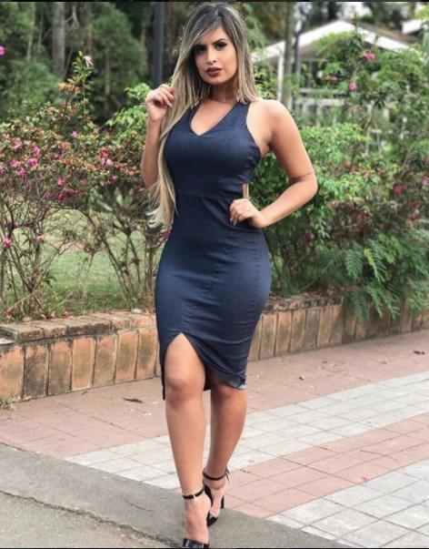 a69dccf3f8 Vestido Midi Em Tecido Bengaline Blogueira. Rose - R  64