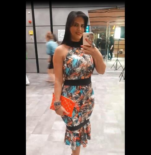 vestido midi tubinho justo estampado moda evangelica barata