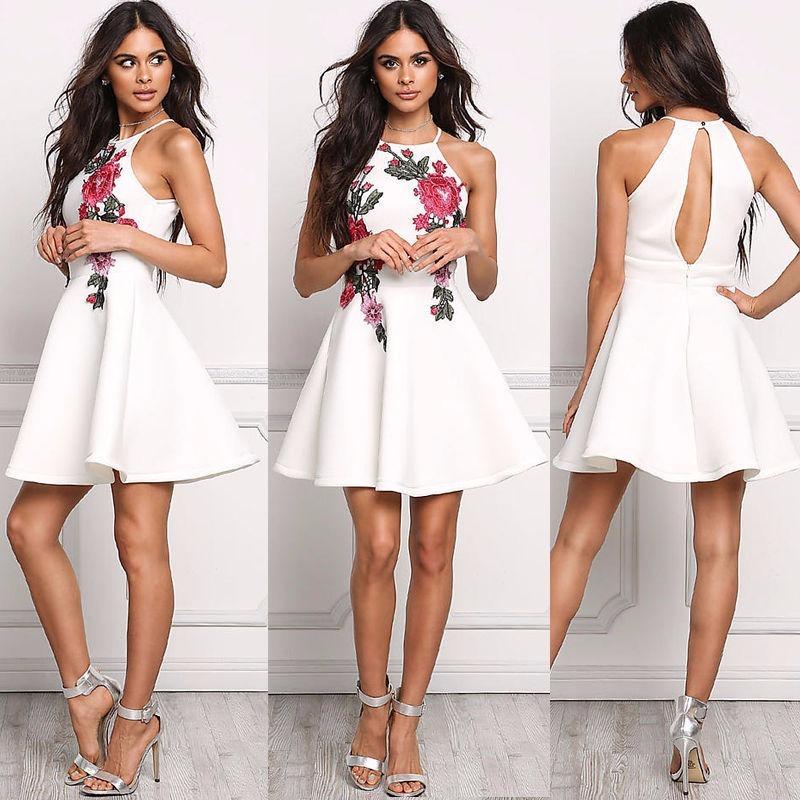 Vestidos de mujer en blanco