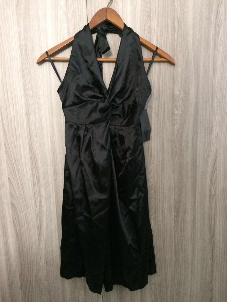 Vestido negro con chal