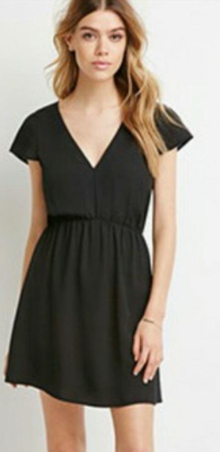 Vestido negro corto forever 21