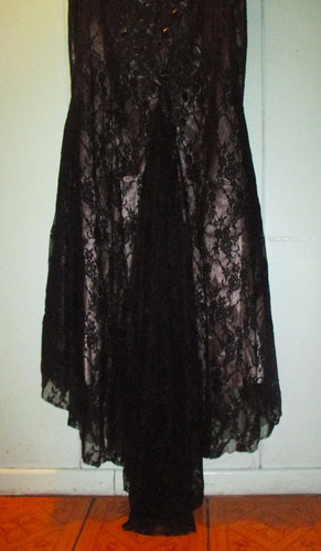vestido negro largo con encaje