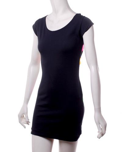 vestido negro quontum