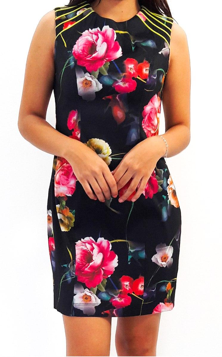 Vestidos negro con flores de colores