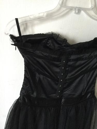 vestido negro tul