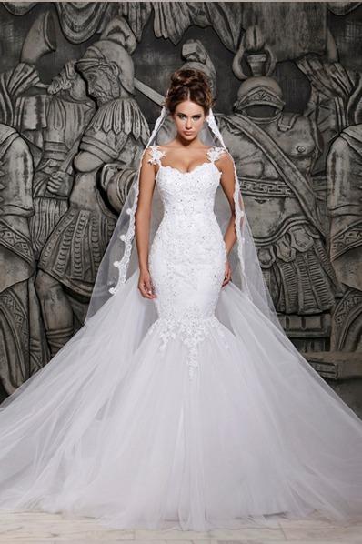 hermoso vestido de novia largo corte siren de encaje velo