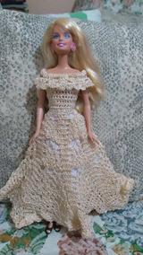 626479132a3a ... Boneca Barbie Feito Em Crochê. Minas Gerais · Vestido Para Barbie Na  Cor Creme, De Crochê