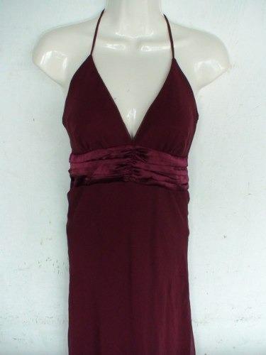vestido para eventos sociales color vino largo elegante