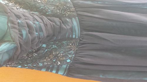 vestido para fiestas seminuevo tiene una puesta