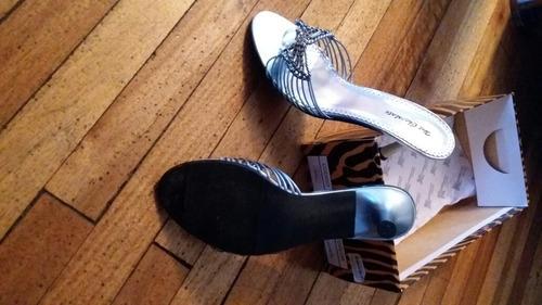 vestido para jovencita y zapatos