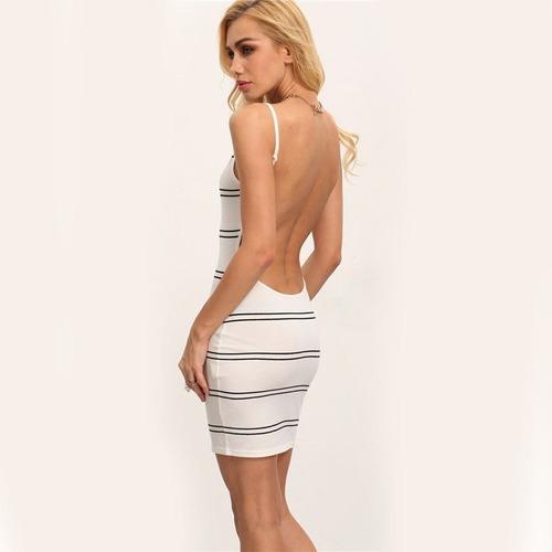 vestido pareo blanco líneas negras espalda descubierta