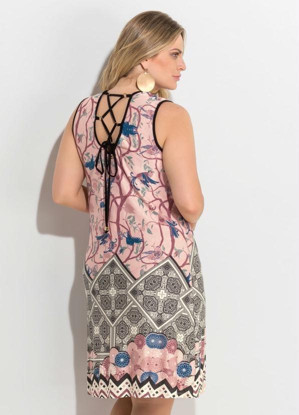 98ae1082e vestido plus size cor rosa claro estampado barrado 2716520. Carregando zoom.