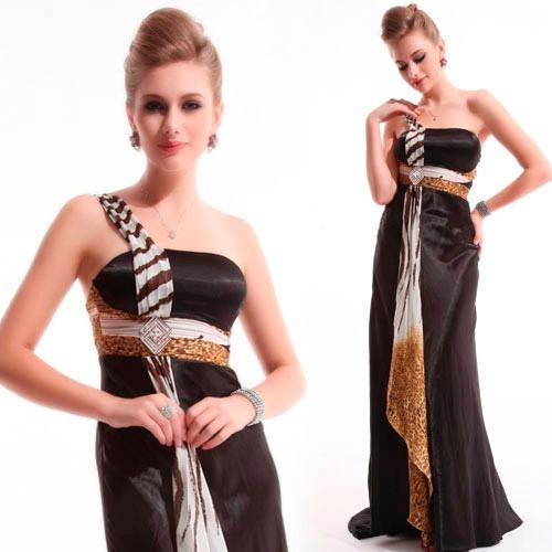 vestido preto longo de cetim com animal print
