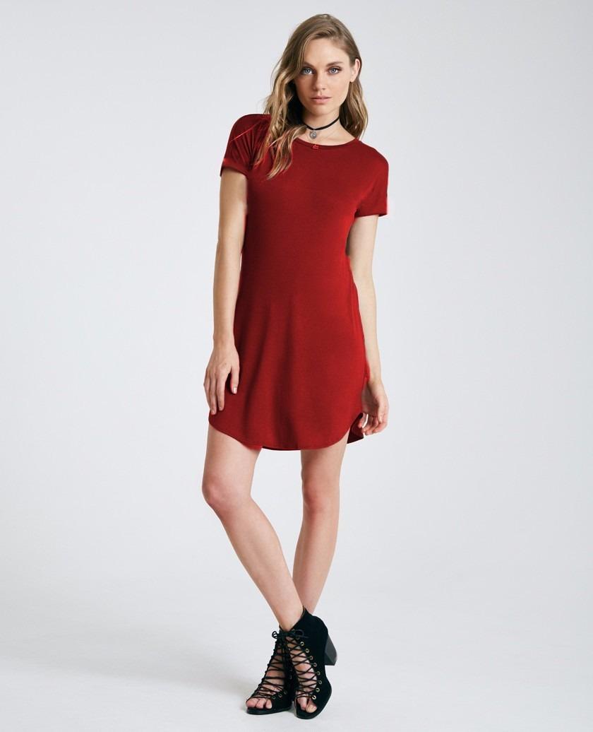 Vestido feminino com tule por anitta