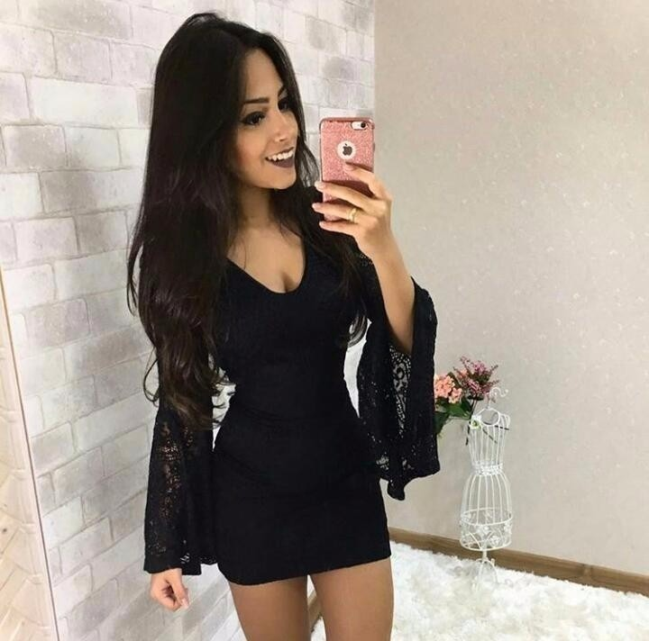 826de2789 Vestido Renda Blogueira Forrado Manga Flare Festa Instagram - R  89 ...