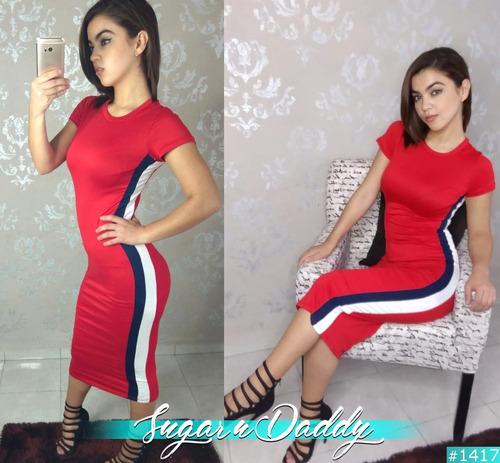vestido rojo con línea