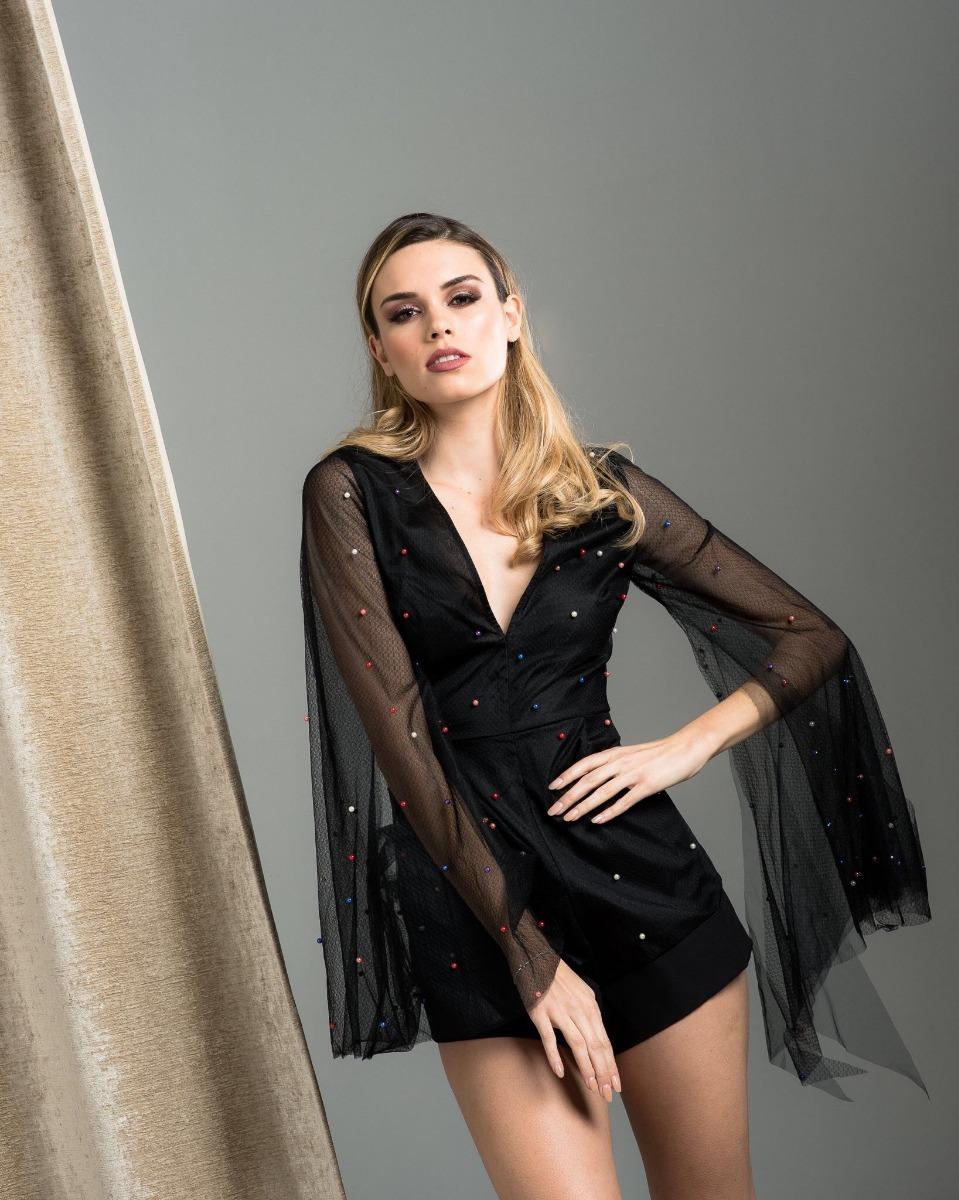 Vestido negro wow
