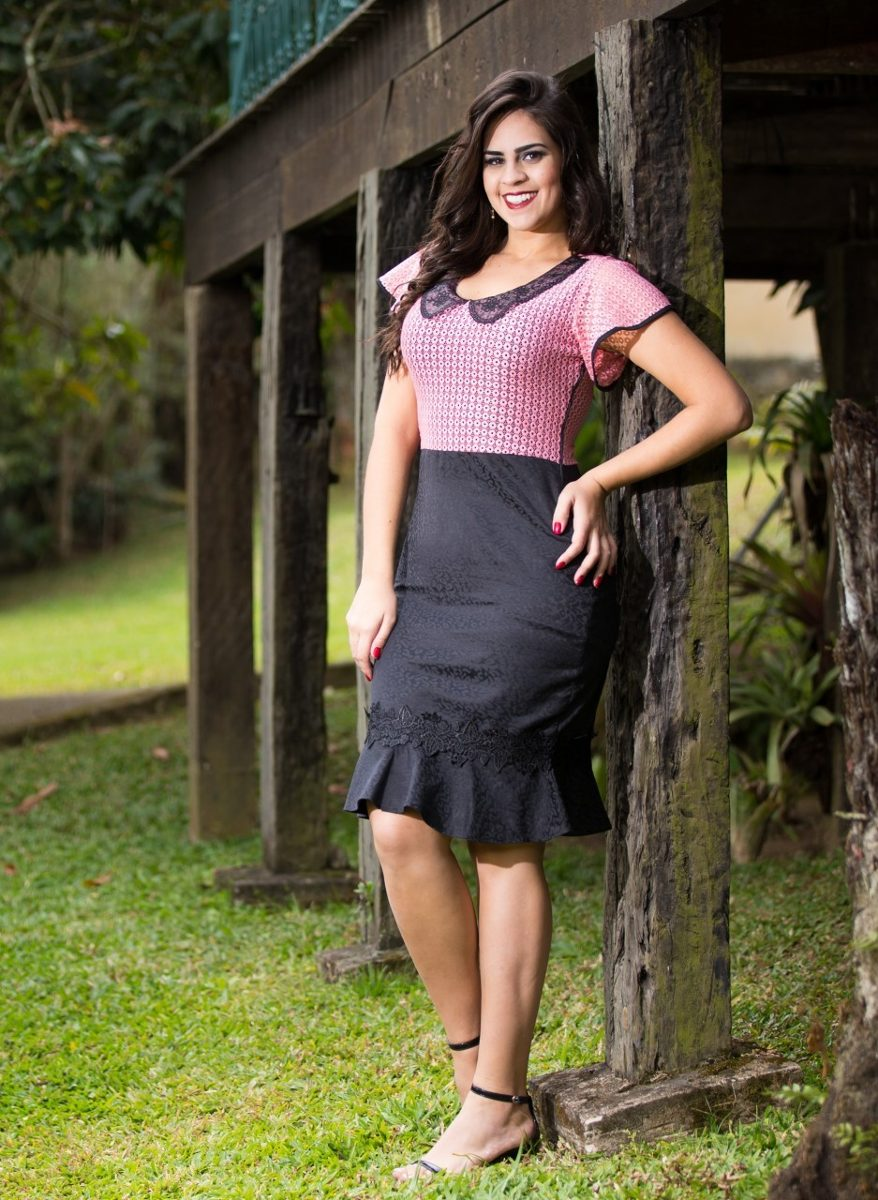 2730707c5a vestido rosa com preto moda evangélica tam p. Carregando zoom.