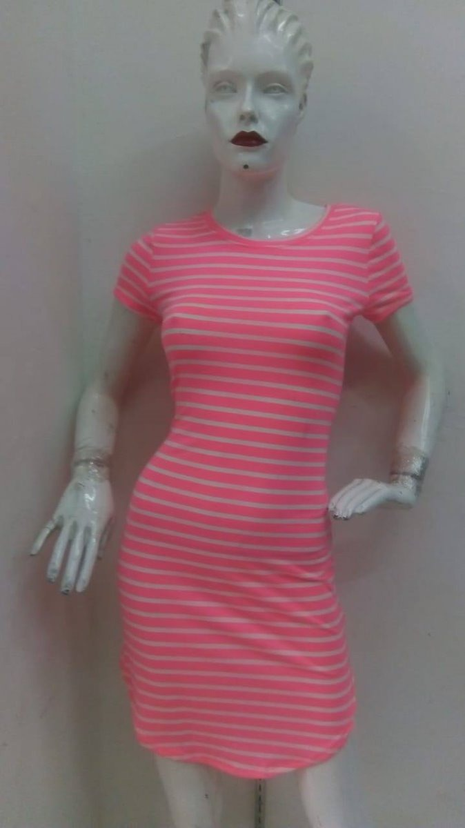 054a9a4d7 Vestido Rosa Fosforecente Casual -   580.00 en Mercado Libre