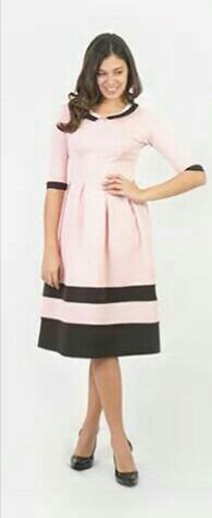 vestido rosado con negro