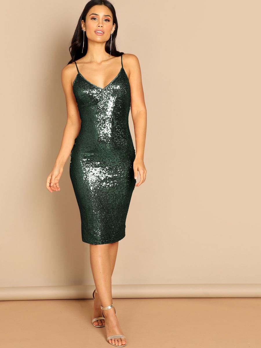 8f4b77b964 vestido slip ajustado con lentejuelas de espalda con cremall. Cargando zoom.
